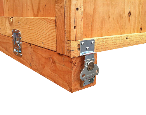 top box attached with link locks to wood crate deck