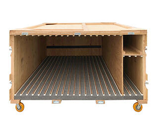 carpet-felt-lined-trade-show-crate