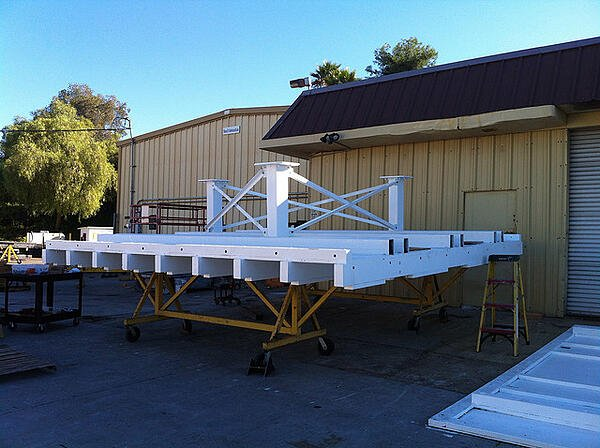 JPL-white-box-base-platform