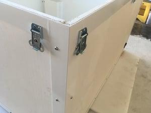 aerospace packaging Nose-cone-link locks
