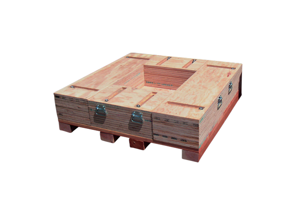 Adjustable pallet for wooden container